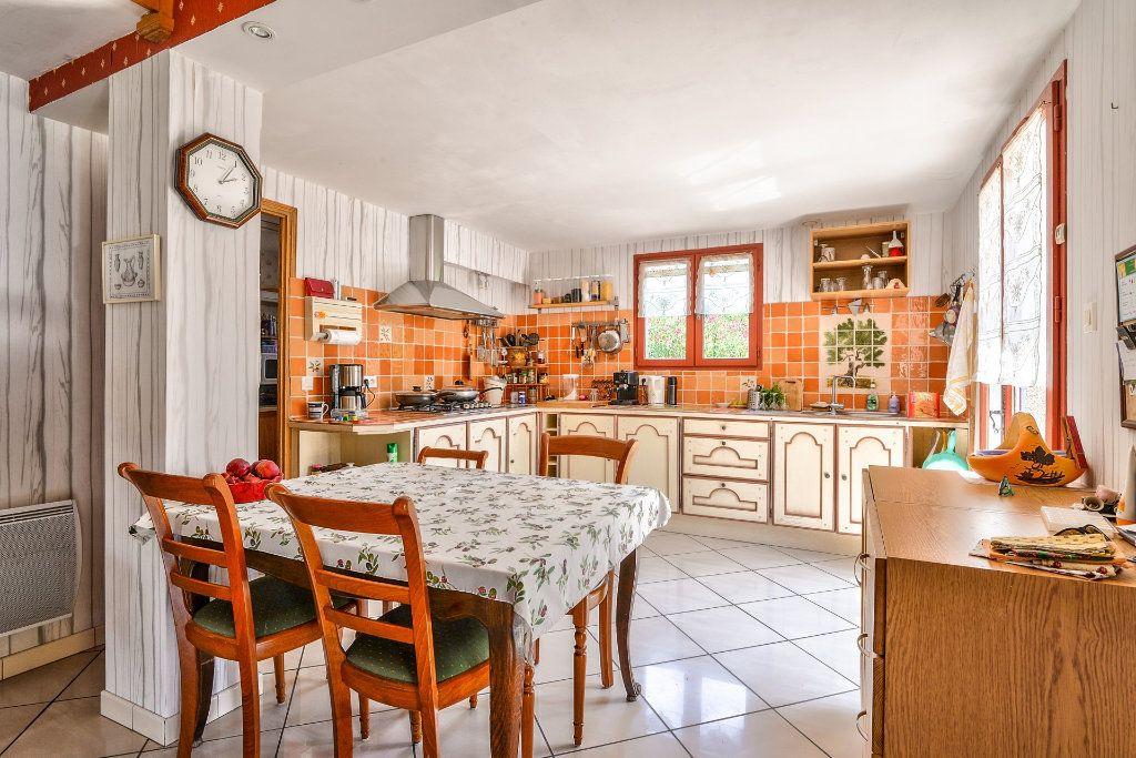 Maison à vendre 6 202m2 à Vinon-sur-Verdon vignette-5