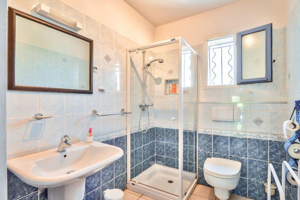 Maison à vendre 6 202m2 à Vinon-sur-Verdon vignette-6