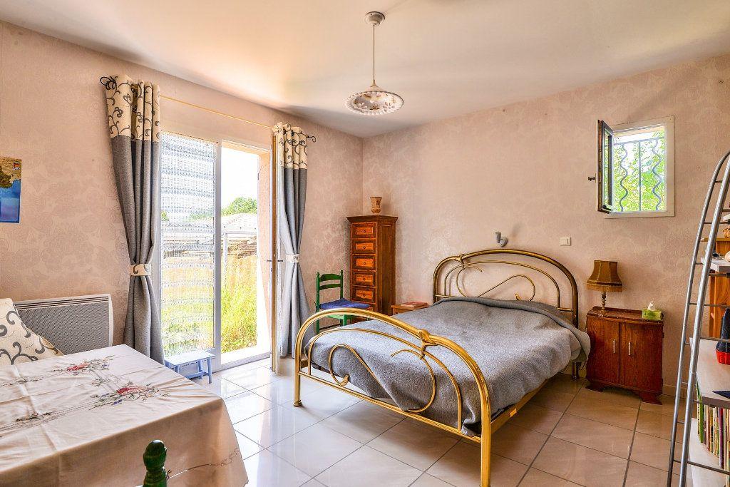 Maison à vendre 6 202m2 à Vinon-sur-Verdon vignette-8