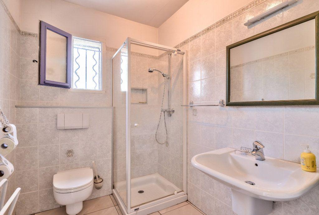 Maison à vendre 6 202m2 à Vinon-sur-Verdon vignette-10