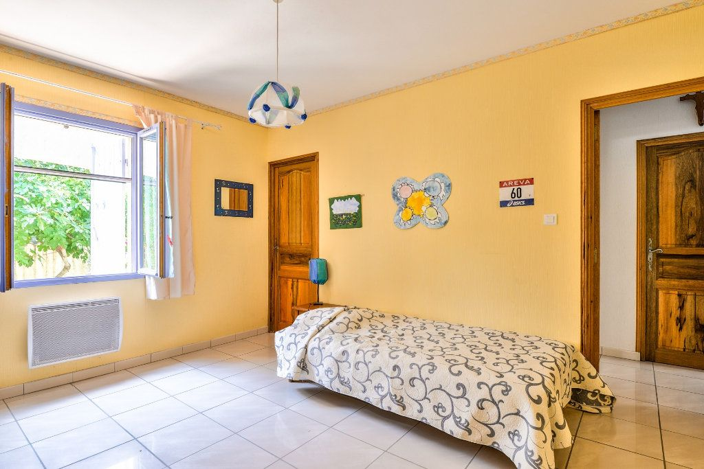 Maison à vendre 6 202m2 à Vinon-sur-Verdon vignette-11