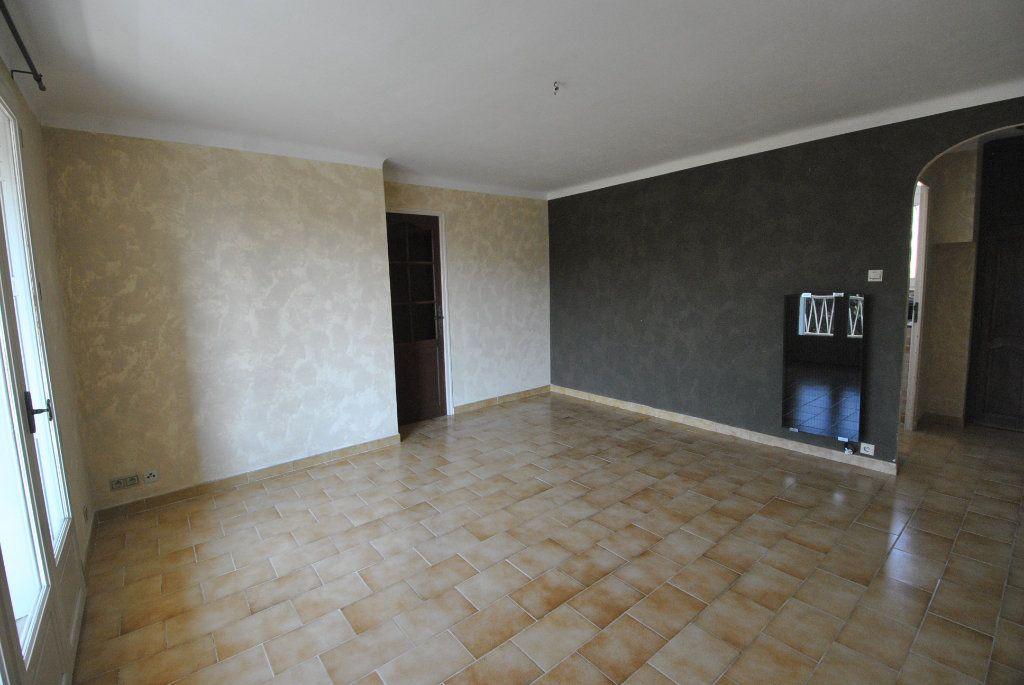 Appartement à vendre 4 68m2 à Manosque vignette-1