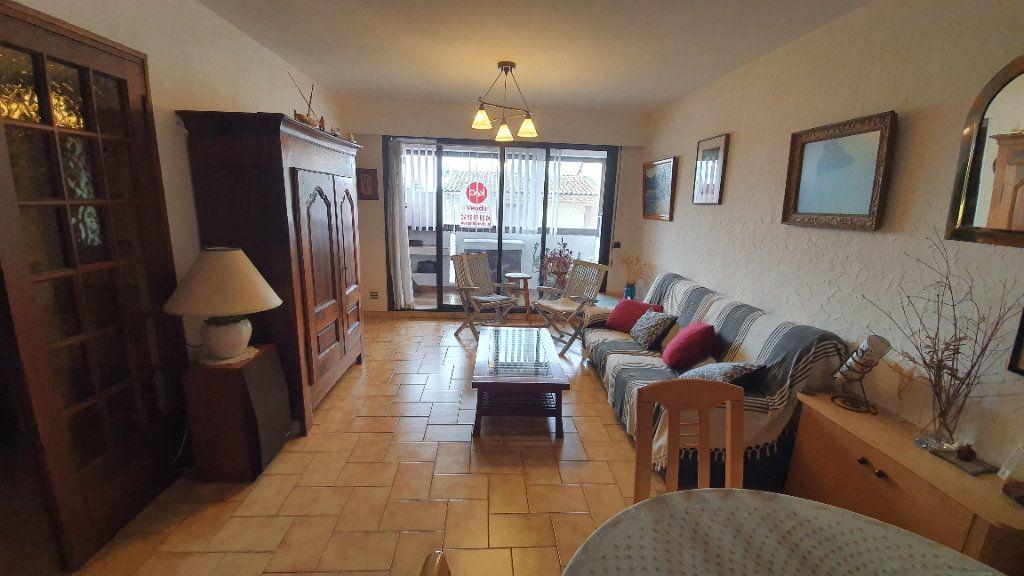 Appartement à vendre 3 69m2 à Manosque vignette-4
