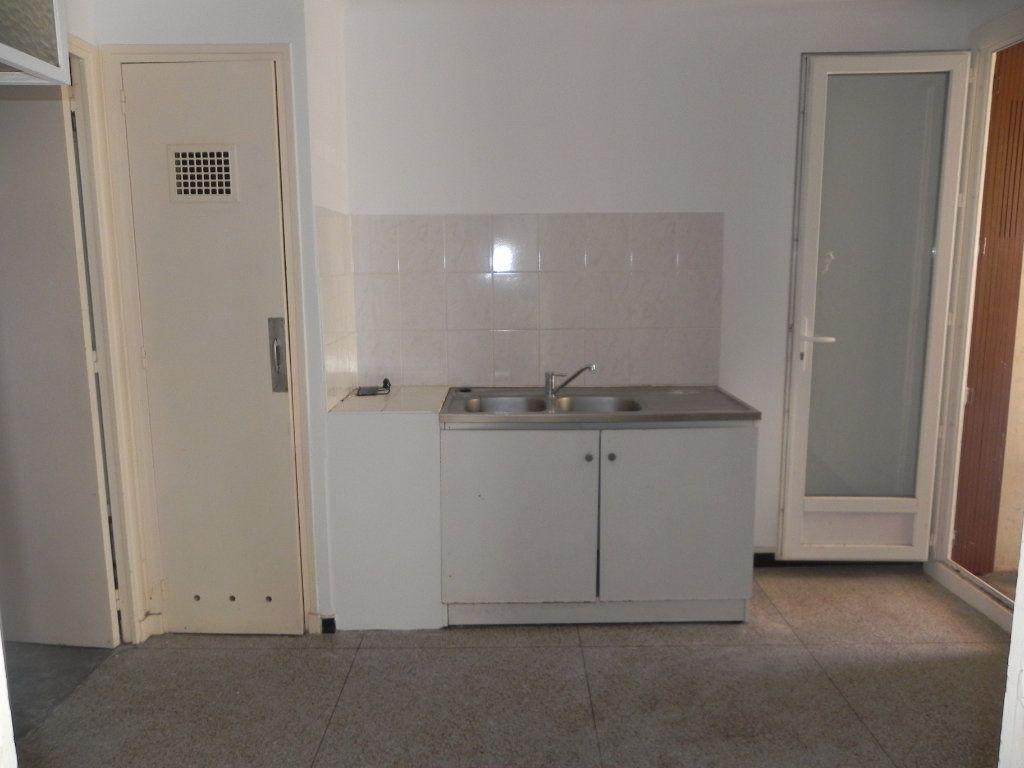 Appartement à vendre 4 76.12m2 à Manosque vignette-3