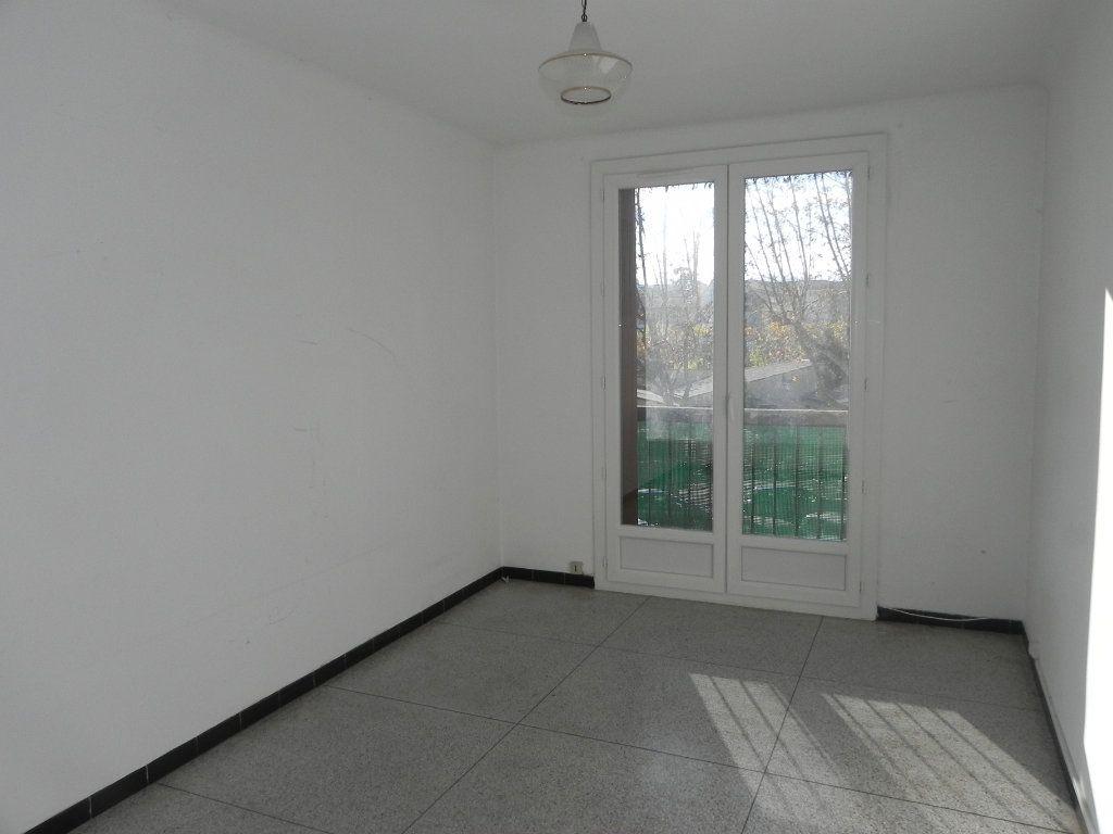 Appartement à vendre 4 76.12m2 à Manosque vignette-5