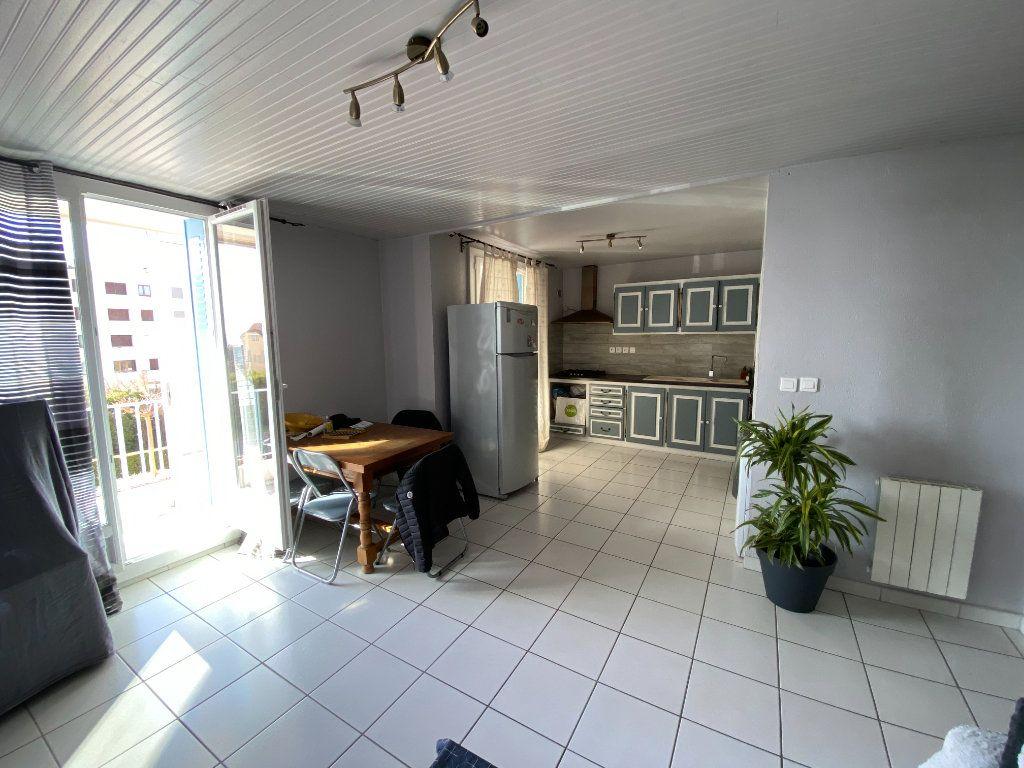 Appartement à vendre 3 56.9m2 à Manosque vignette-2