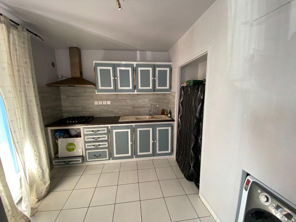 Appartement à vendre 3 56.9m2 à Manosque vignette-3