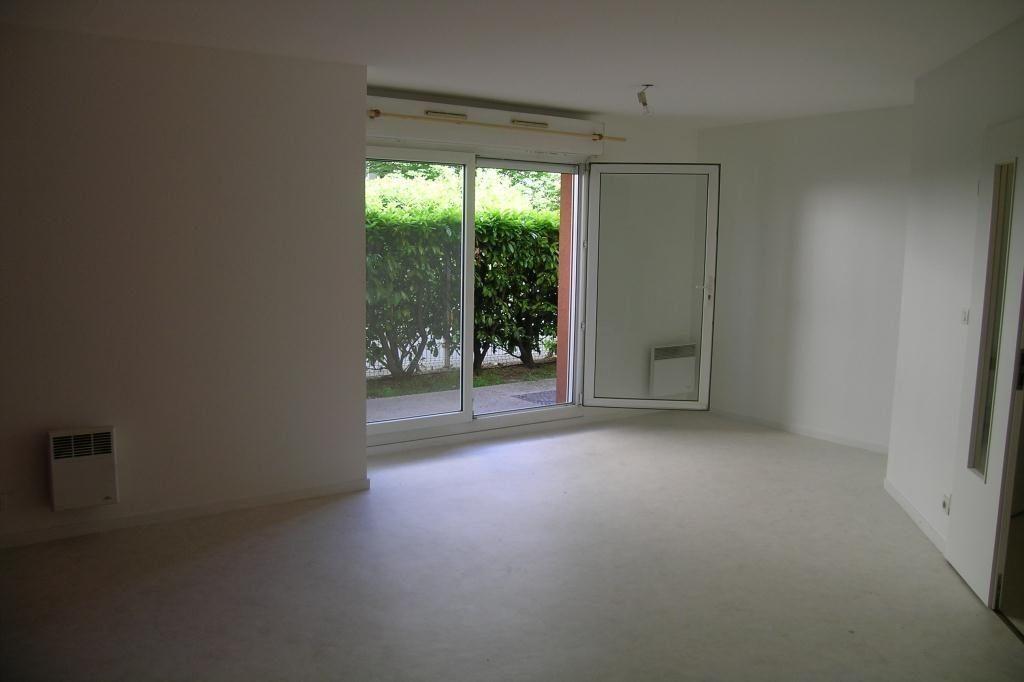 Appartement à louer 2 47.64m2 à Toulouse vignette-2