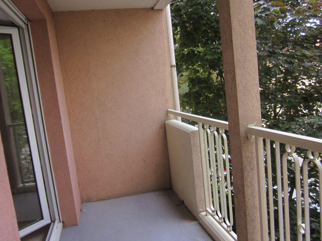 Appartement à louer 2 31.15m2 à Toulouse vignette-4