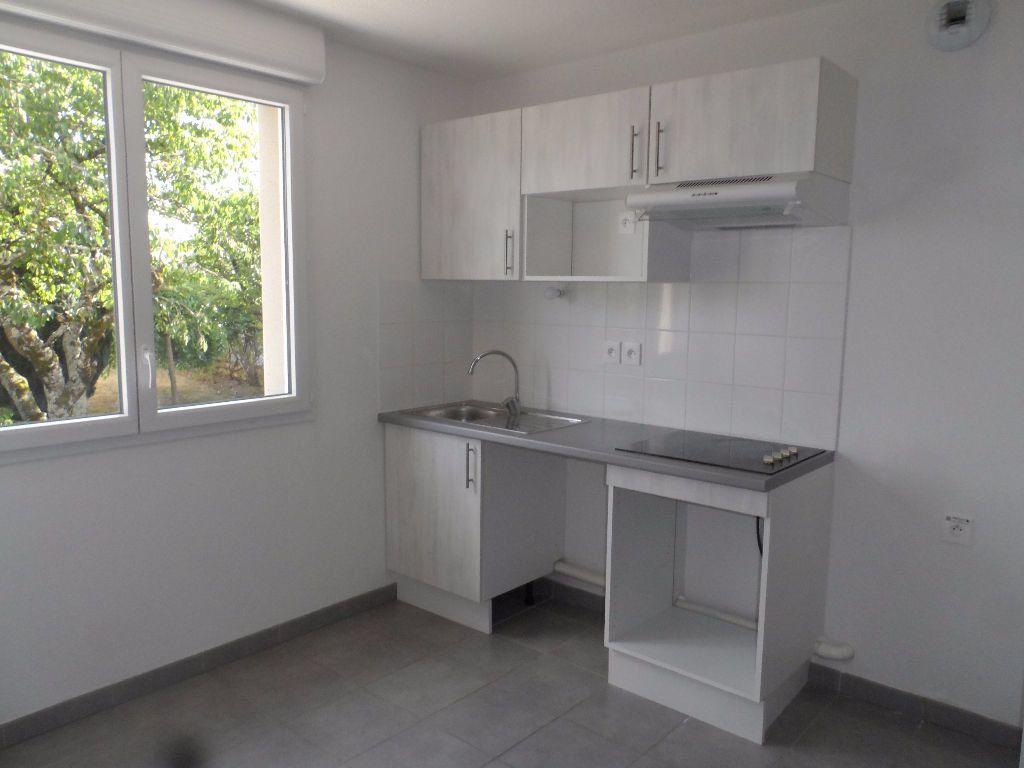 Appartement à louer 3 68.45m2 à Colomiers vignette-4