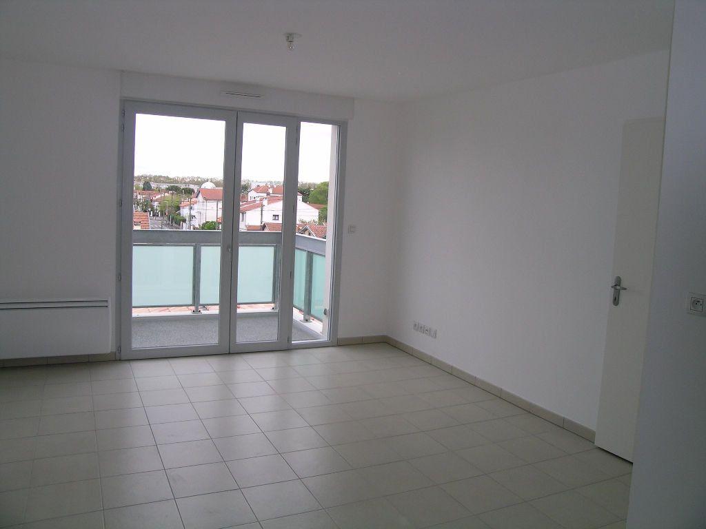 Appartement à louer 2 42.57m2 à Toulouse vignette-2
