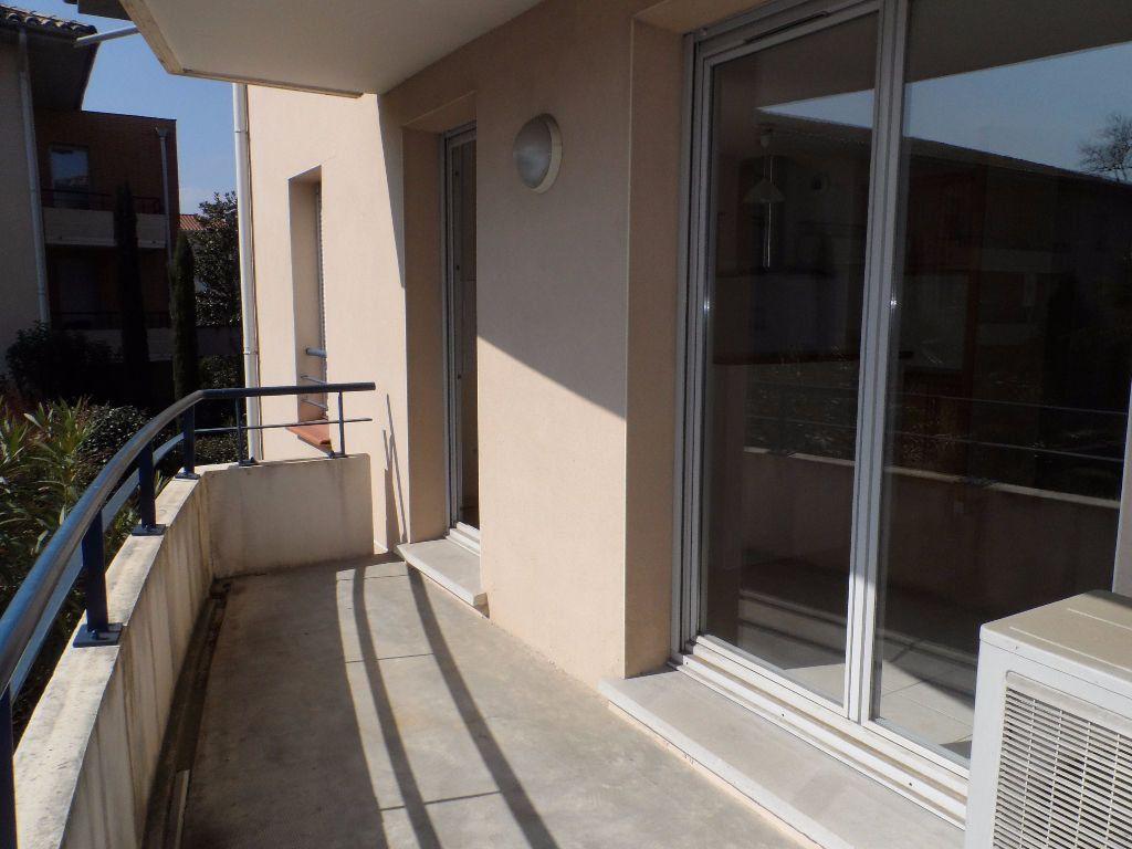 Appartement à louer 2 46.72m2 à Toulouse vignette-3
