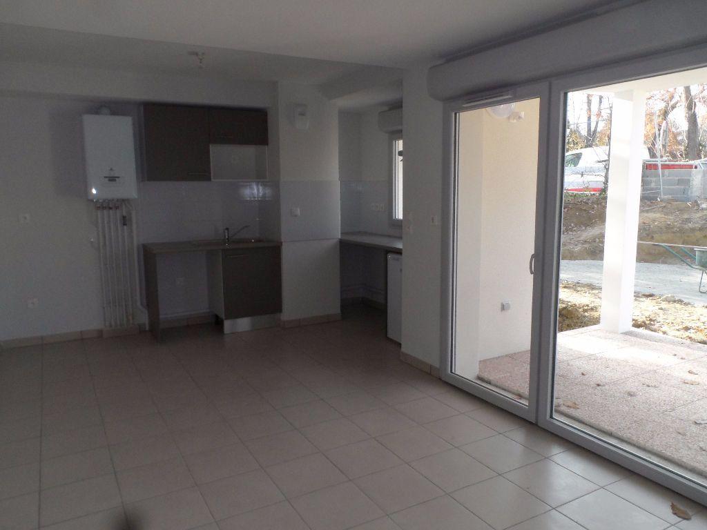 Appartement à louer 2 39.2m2 à Balma vignette-1