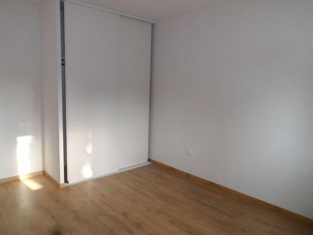 Appartement à louer 2 39.2m2 à Balma vignette-2
