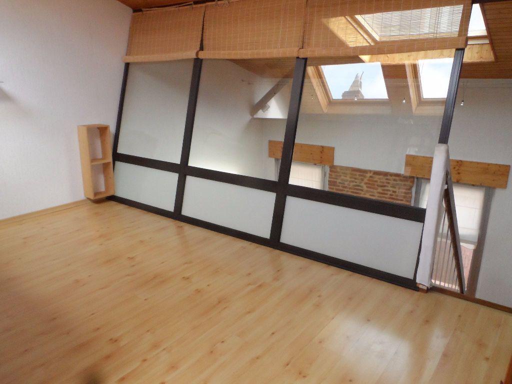 Appartement à louer 3 62.24m2 à Toulouse vignette-3