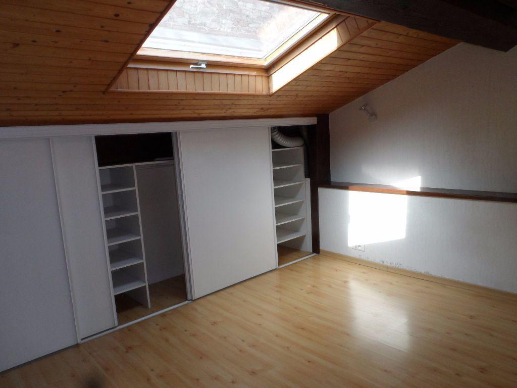 Appartement à louer 3 62.24m2 à Toulouse vignette-4