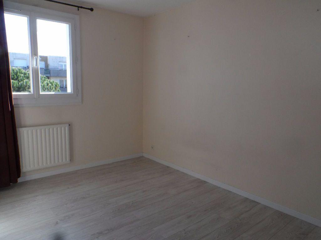 Appartement à louer 2 51.28m2 à Toulouse vignette-4