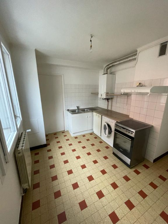 Appartement à louer 3 64.88m2 à Toulouse vignette-4