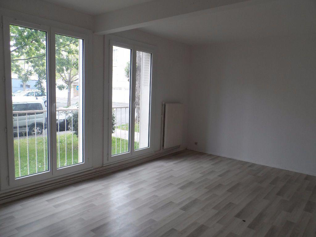 Appartement à louer 3 66.95m2 à Toulouse vignette-1