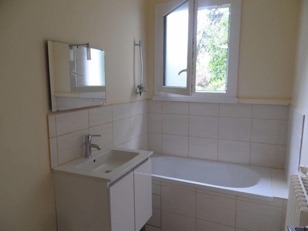 Appartement à louer 3 66.95m2 à Toulouse vignette-5