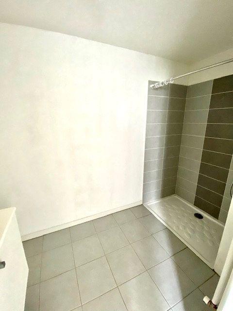 Appartement à louer 2 46.2m2 à Blagnac vignette-6