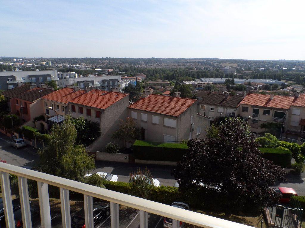 Appartement à louer 3 68.13m2 à Toulouse vignette-5