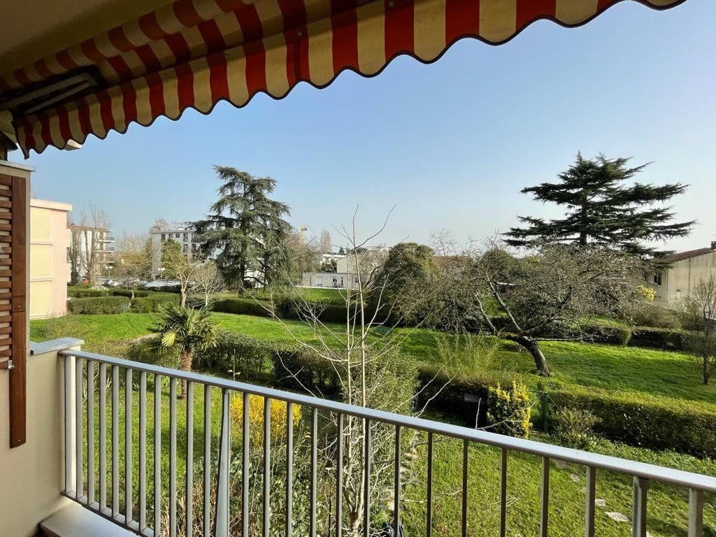 Appartement à louer 4 101.23m2 à Toulouse vignette-2