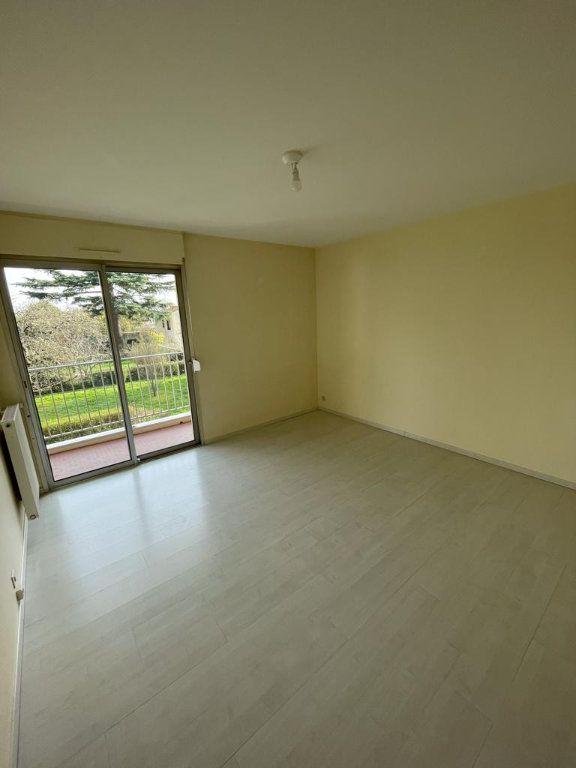 Appartement à louer 4 101.23m2 à Toulouse vignette-7