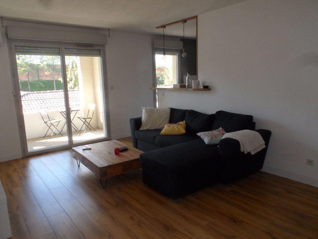 Appartement à louer 2 48.81m2 à Aucamville vignette-2