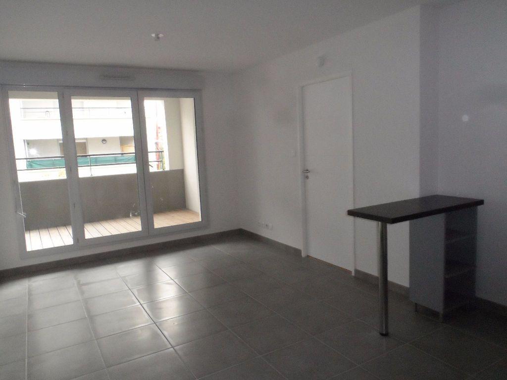 Appartement à louer 2 39m2 à Toulouse vignette-1