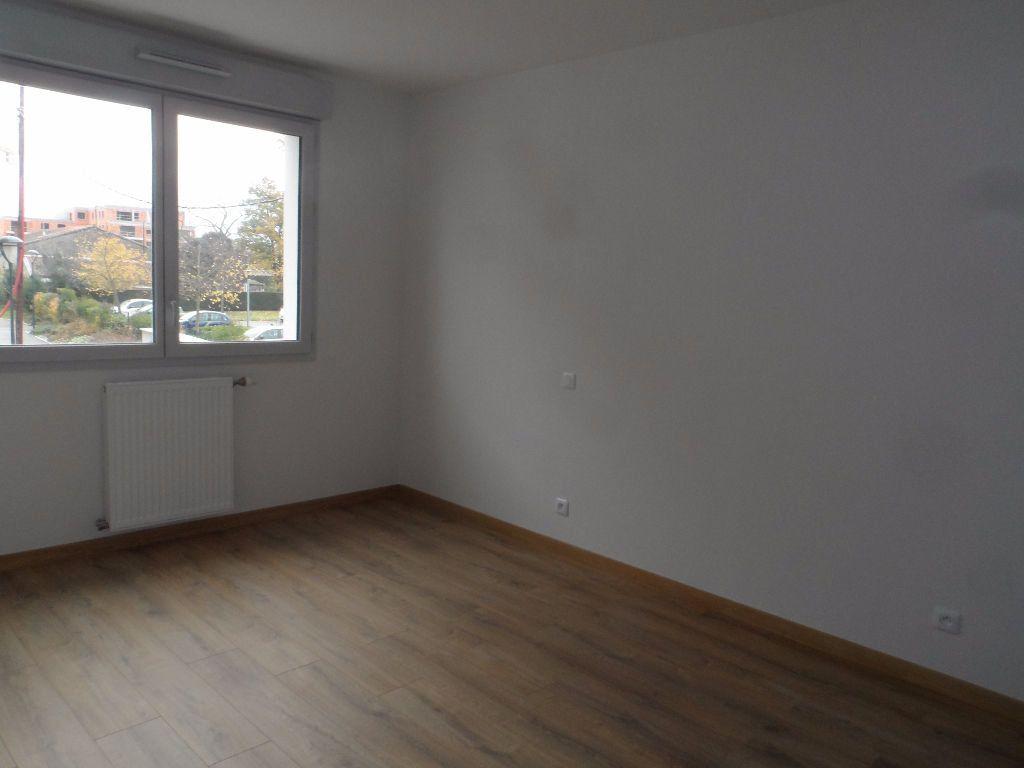 Appartement à louer 2 39m2 à Toulouse vignette-3