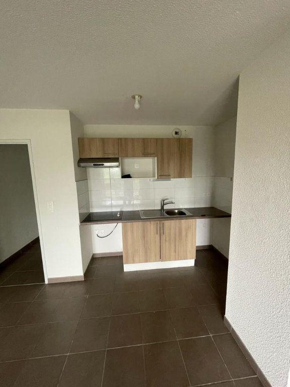 Appartement à louer 3 57.51m2 à Tournefeuille vignette-1