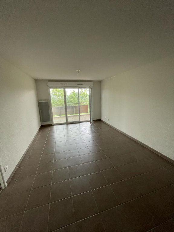 Appartement à louer 3 57.51m2 à Tournefeuille vignette-2