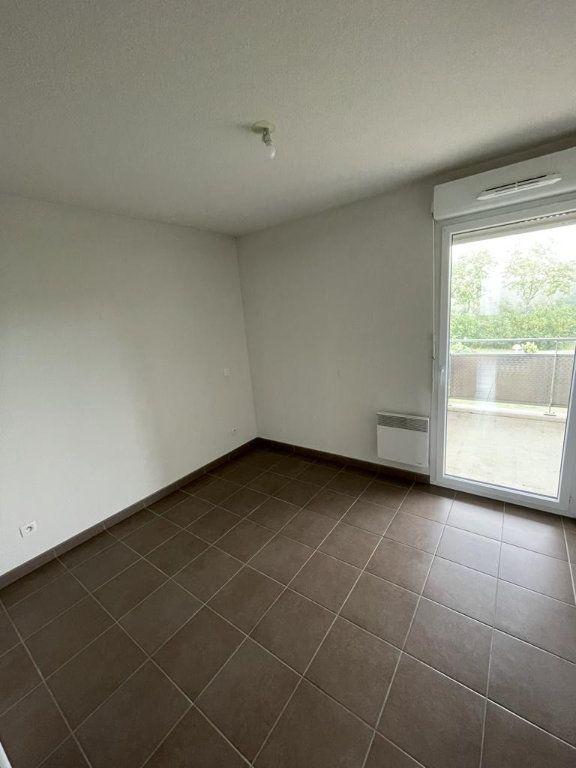 Appartement à louer 3 57.51m2 à Tournefeuille vignette-4