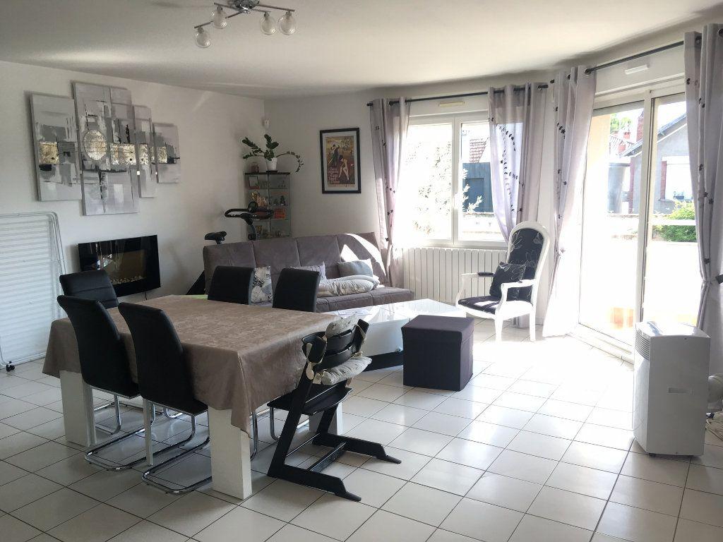 Appartement à louer 3 73.46m2 à Toulouse vignette-4