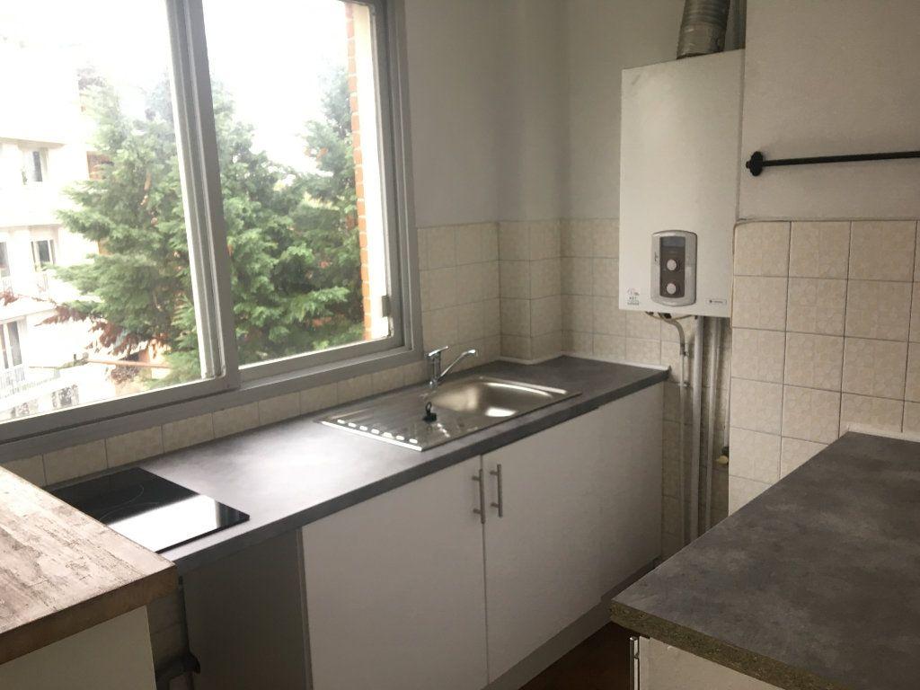 Appartement à louer 1 35.1m2 à Toulouse vignette-2