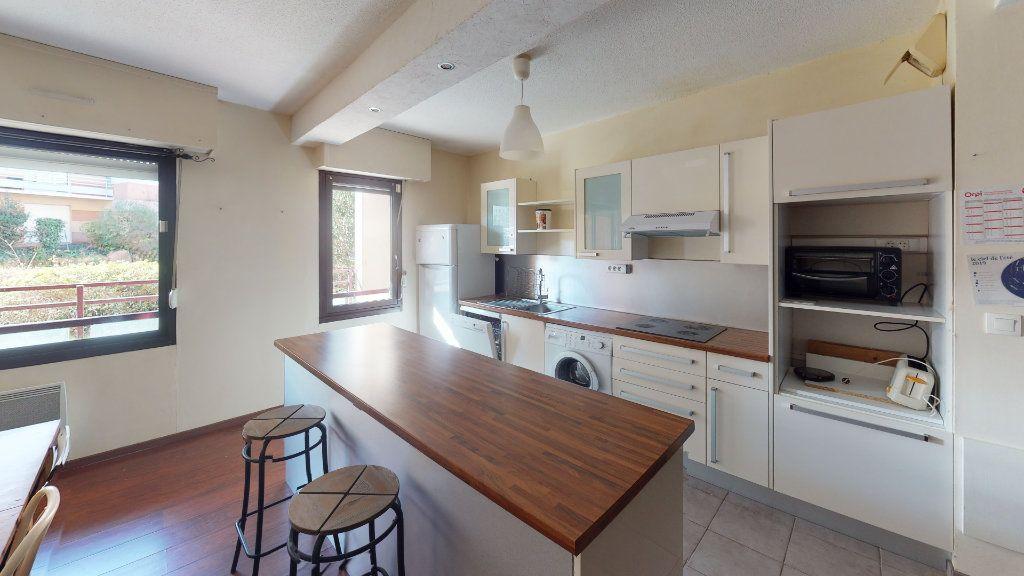 Appartement à louer 3 66.48m2 à Toulouse vignette-1