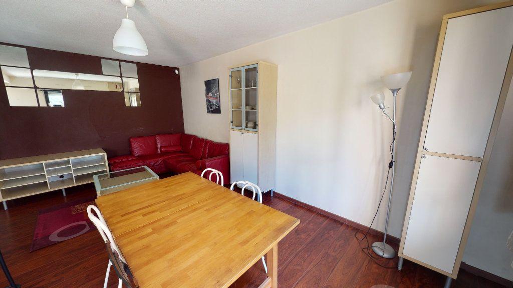 Appartement à louer 3 66.48m2 à Toulouse vignette-3