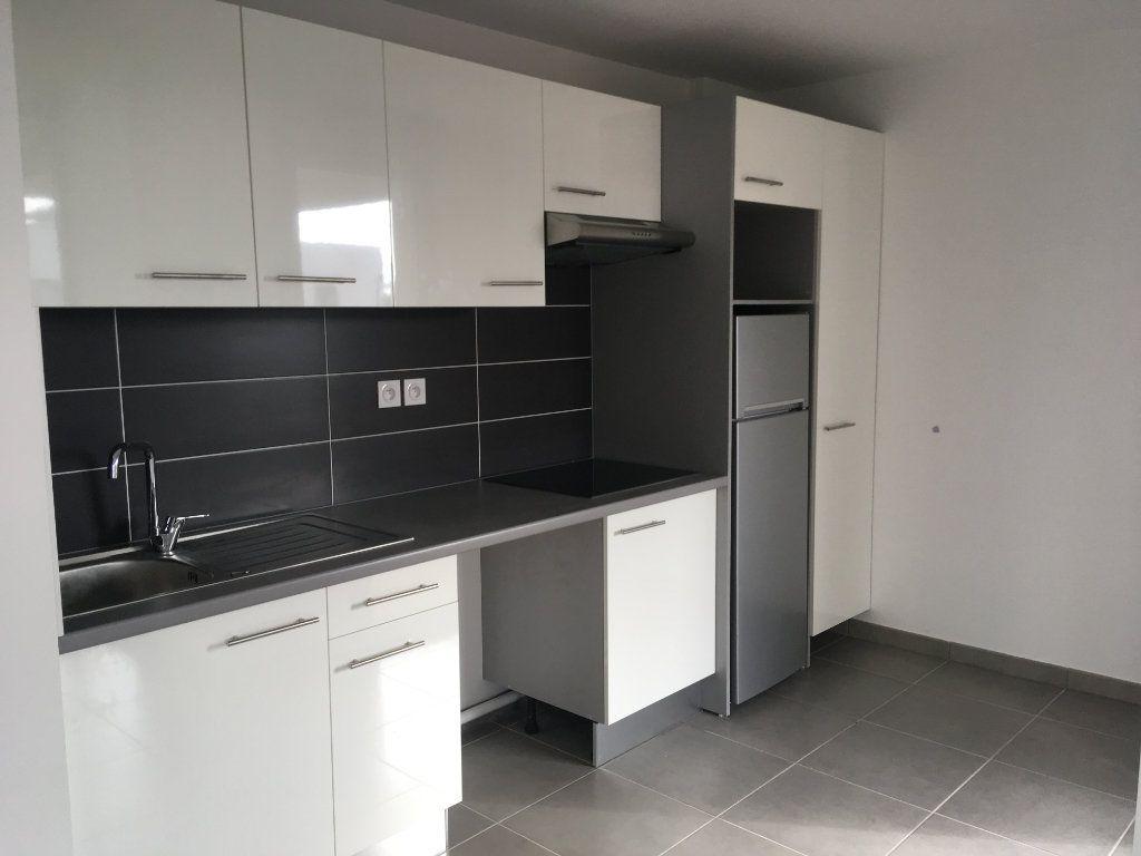Appartement à louer 3 66.29m2 à Toulouse vignette-1