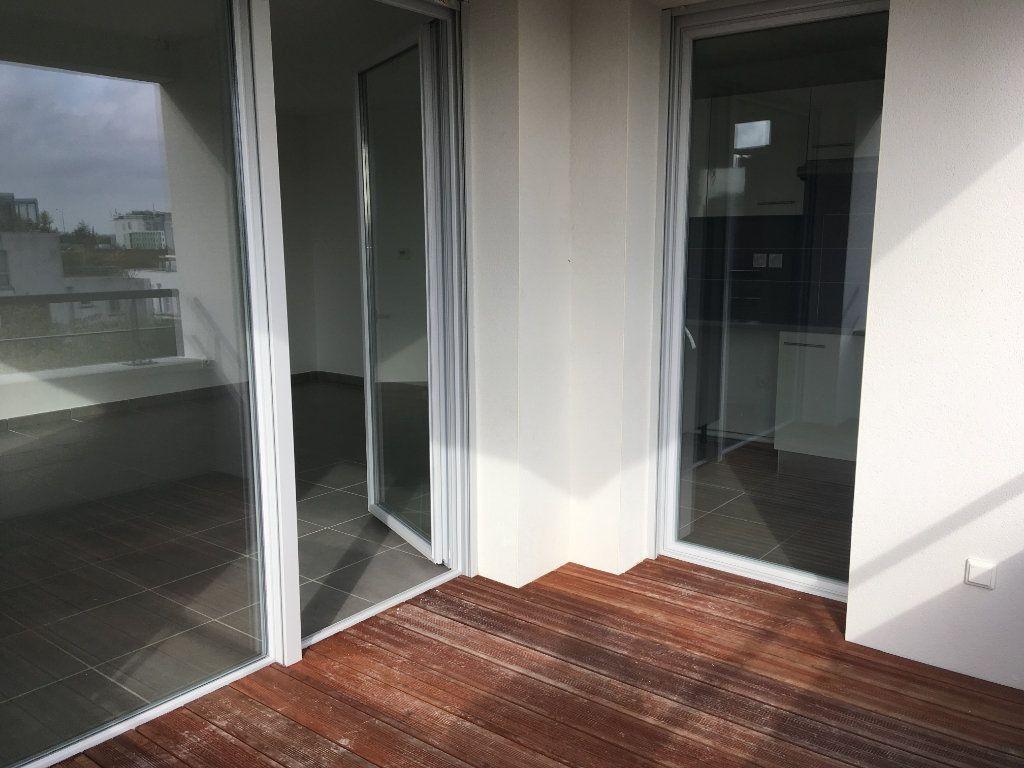 Appartement à louer 3 66.29m2 à Toulouse vignette-6