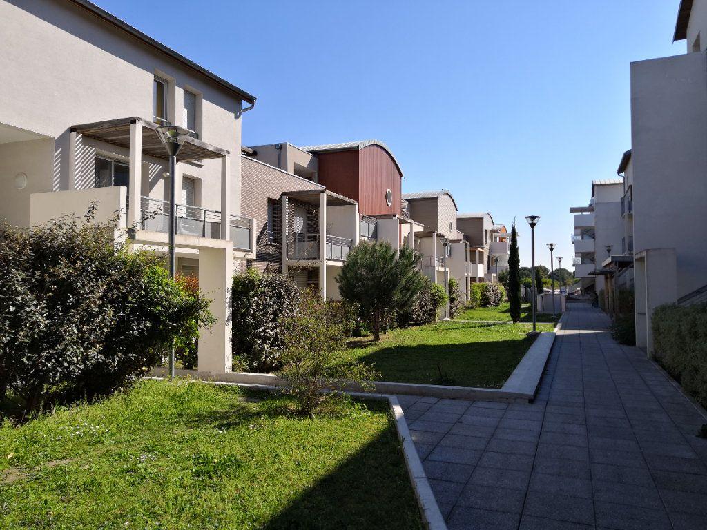 Appartement à louer 2 40.82m2 à Toulouse vignette-8