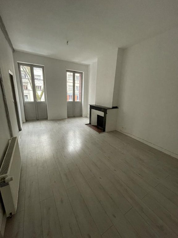 Appartement à louer 3 65.24m2 à Toulouse vignette-1