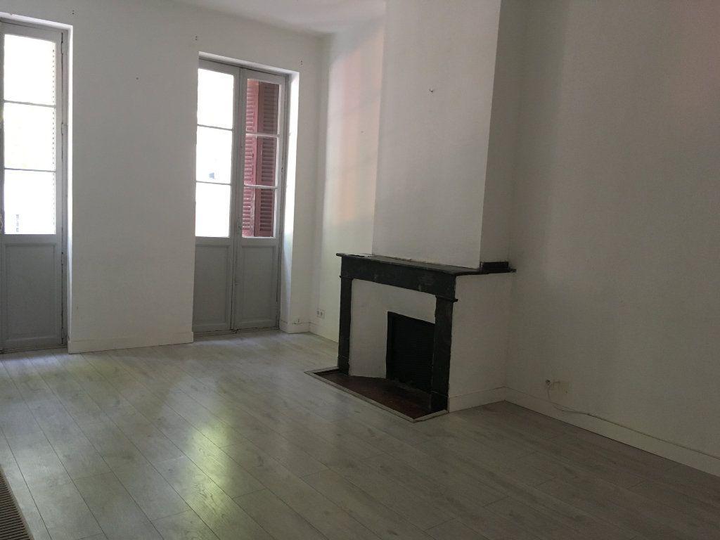 Appartement à louer 3 65.24m2 à Toulouse vignette-2