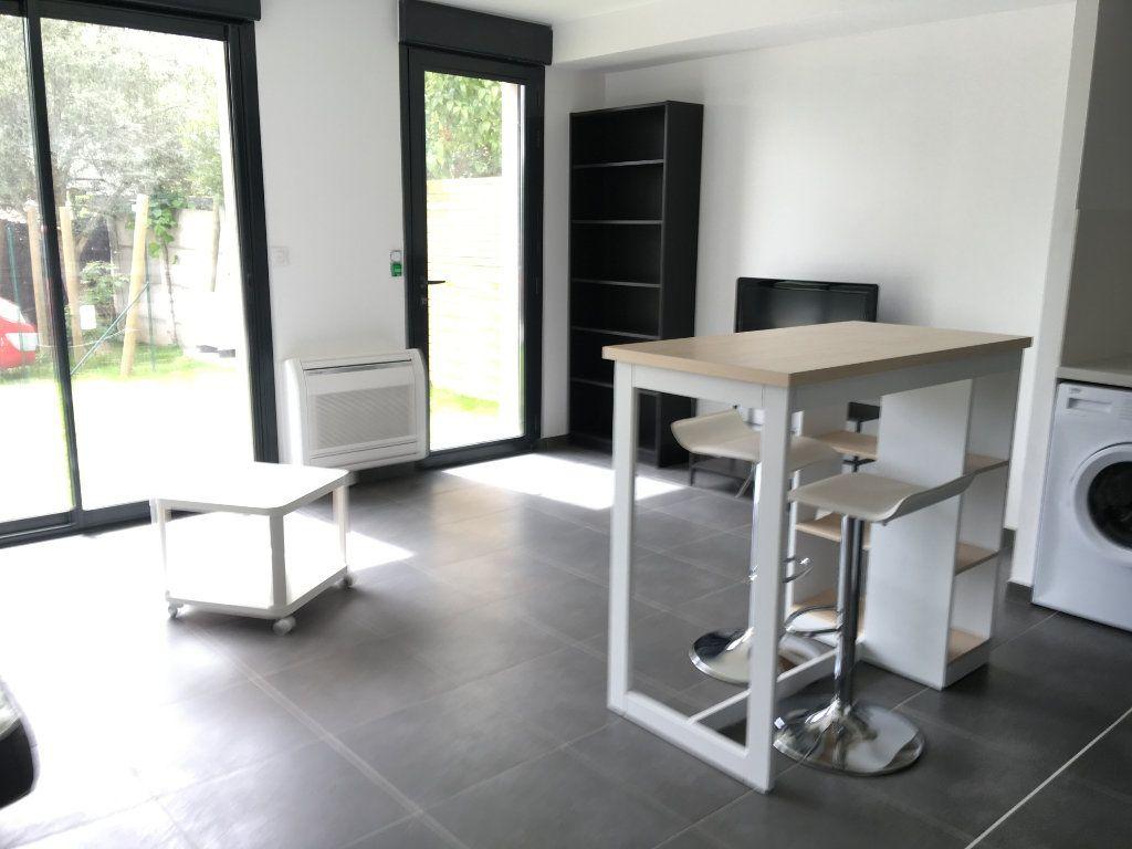Appartement à louer 2 42.75m2 à Toulouse vignette-2
