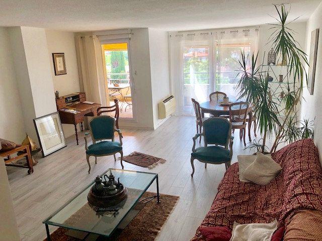 Appartement à louer 5 136.84m2 à Toulouse vignette-3