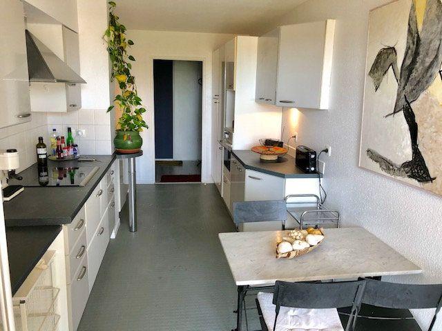 Appartement à louer 5 136.84m2 à Toulouse vignette-4