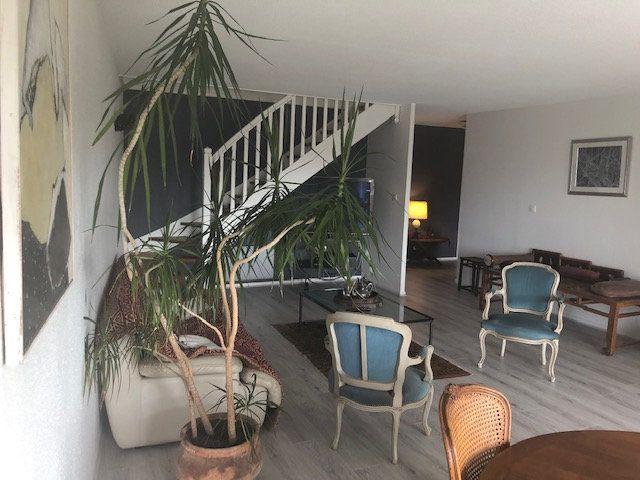 Appartement à louer 5 136.84m2 à Toulouse vignette-6