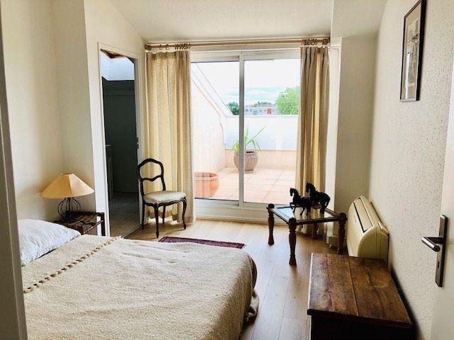 Appartement à louer 5 136.84m2 à Toulouse vignette-11