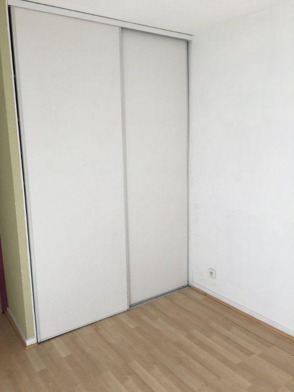 Appartement à louer 2 33.7m2 à Toulouse vignette-5