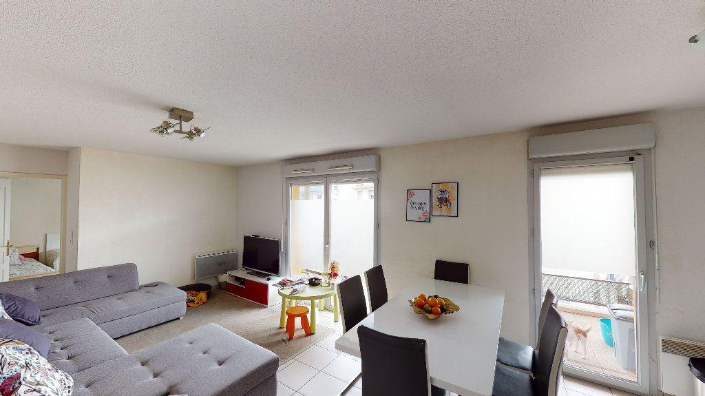 Appartement à vendre 3 64.26m2 à Toulouse vignette-3